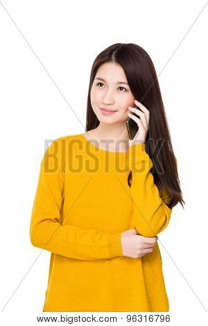 Young woman talk to mobile phone