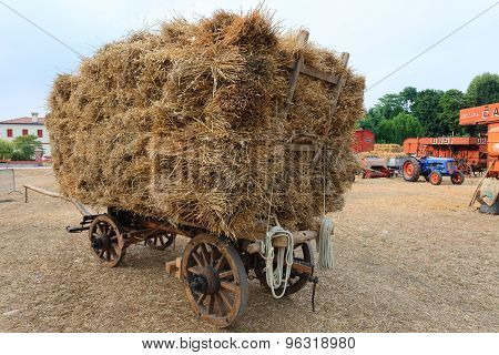 vWagon Straw