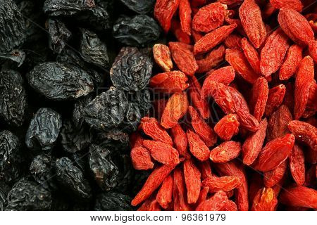 Goji berries and raisins close up