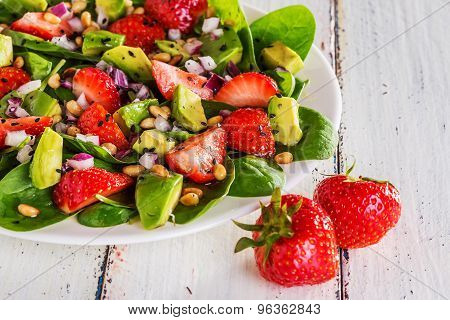 Salad With Strawberries, Avocados, Spinach