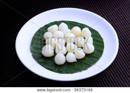 Single Bulb form of Elephant Garlic (Allium ampeloprasum var.ampeloprasum) - Thai Elephant Garlic (g