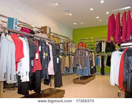 Kleid Modegeschäft