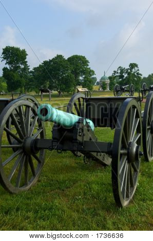 Cannon And Cassion On Civil War Battlefield