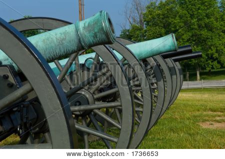 Line Of 19Th Century Cannon