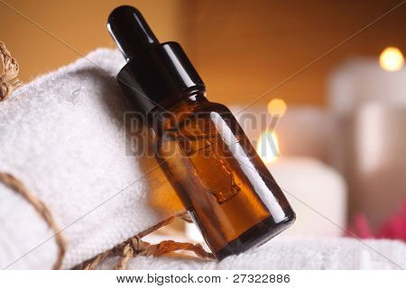clocse of the bottle of the aroma oil