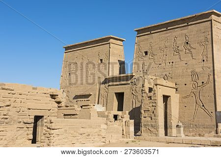 Hieroglypic Carvings On Wall At