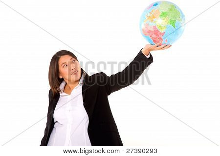 asiatische geschäftsfrau mit Globus