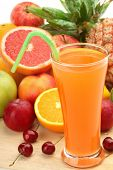 pic of fruit-juice  - Closeup of fruit juice with fruits - JPG