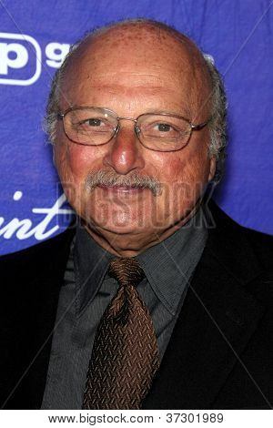 LOS ANGELES - SEP 21:  Dennis Franz arrives at the Variety and Women in Film Pre-Emmy Event at Scarpetta on September 21, 2012 in Beverly Hills, CA
