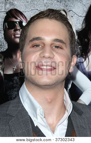 LOS ANGELES - SEP 24:  Ben Platt arrives at the