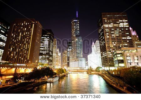 Chicago downtown à noite