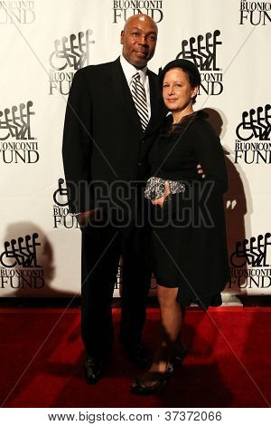 NEW YORK-SEPT. 24: Former basketball player Mel Davis and wife Joan attend the 27th Great Sports Legends Dinner for the Buoniconti Fund at the Waldorf-Astoria on September 24, 2012 in New York City.