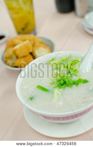 Pork Congee Soup With Deep Fried Breads To Eat