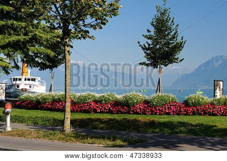 Europe, Switzerland, Lausanne, Lake Geneva