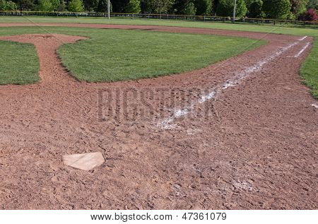Diamante de béisbol vacía