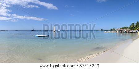 Beach holiday scenery