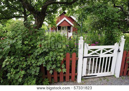 Idyllic Swedish summer house