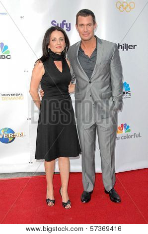 Jenni Pulos and Jeff Lewis  at The Cable Show 2010: An Evening With NBC Universal, Universal Studios, Universal City, CA. 05-12-10