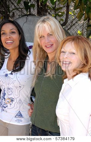 Rosario Dawson, Daryl Hannah and Frances Fisher at the EMA Celebrates the Garden Challenge by