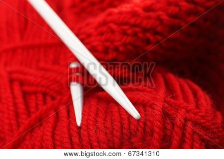Knitting with metal spokes close up