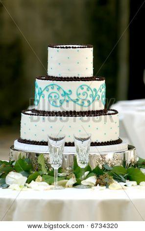 Unique Three Tiered Wedding Cake