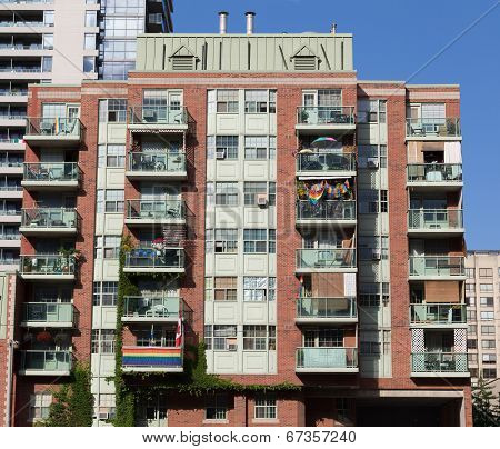 Condos Showing Flags