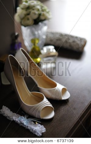 Elegant Bride's Shoes And Garter