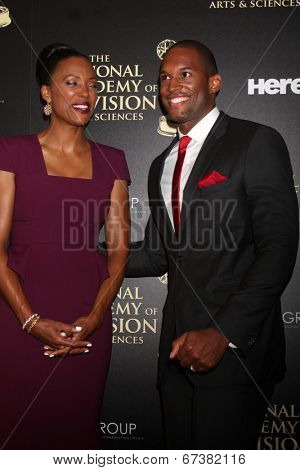 LOS ANGELES - JUN 22:  Aisha Tyler, Lawrence Saint-Victor at the 2014 Daytime Emmy Awards Arrivals at the Beverly Hilton Hotel on June 22, 2014 in Beverly Hills, CA