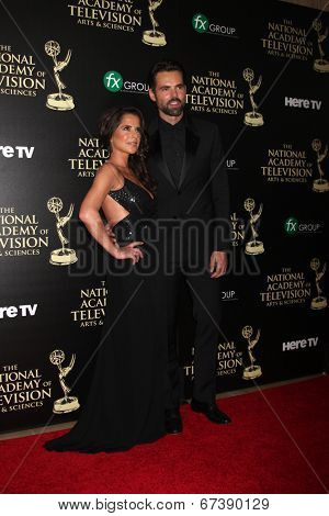 LOS ANGELES - JUN 22:  Kelly Monaco, Jason Thompson at the 2014 Daytime Emmy Awards Arrivals at the Beverly Hilton Hotel on June 22, 2014 in Beverly Hills, CA