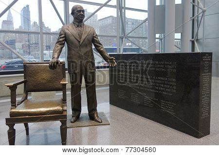 Jacob Javits statue inside of Javits Convention Center
