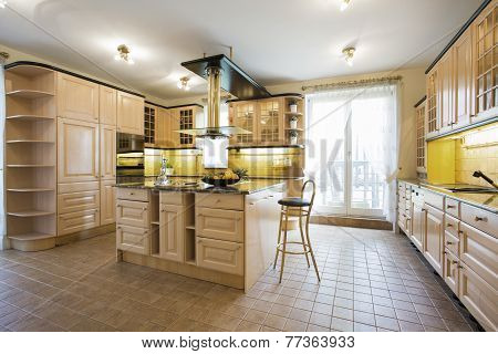 Luxury Kitchen In Traditional Design