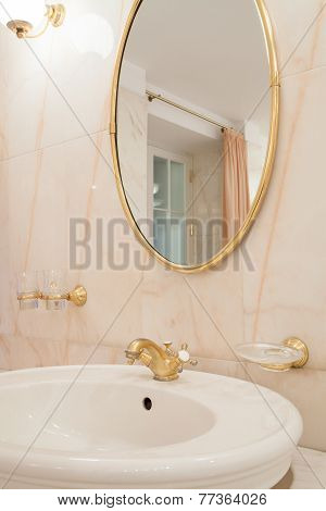 Gold Elements In Luxury Bathroom