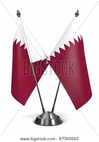 Qatar - Miniature Flags.
