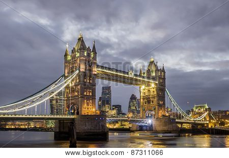 London Night Skyline, Tower Bridge