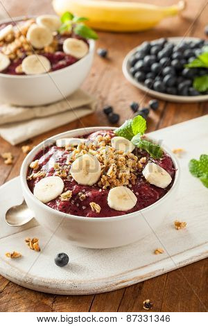 Healthy Organic Berry Smoothie Bowl