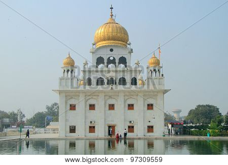 the temple of sikhs in Delhi