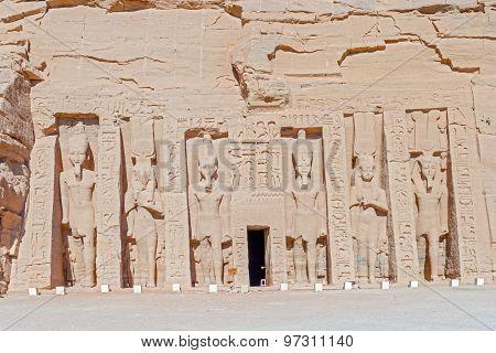 Temple Of Hathor And Nefertari In Abu Simbel