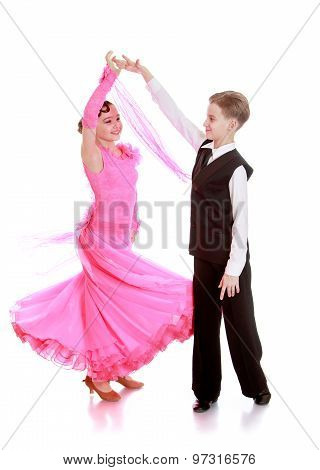 Young couple dancing spinning