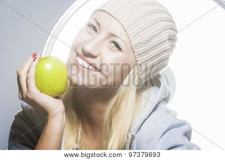 Healthy Lifestyle Concept. Closeup Portrait Of Smiling Caucasian Woman With Green Apple
