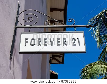 Forever 21 Store And Sign