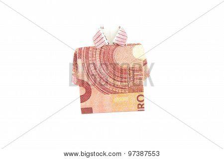 Ten Euro bank note shirt origami