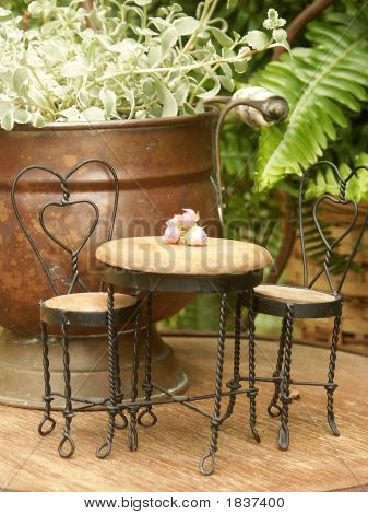 Miniature Ice Cream Table And Chairs In Tabletop Arrangement
