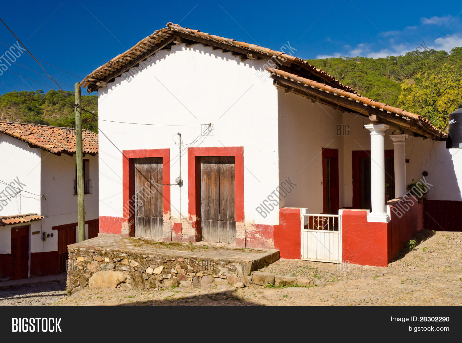 Old style mexican house san image photo bigstock for Mexican style homes pictures