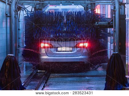 Poster: Car Wash Detail View On