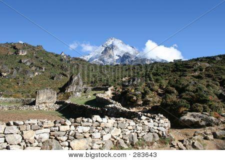 Khumbi Yul Lha - Nepal