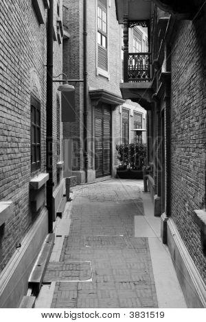 Xintiandi Alley