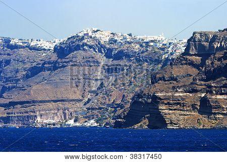Panoramic view of Santorini's city