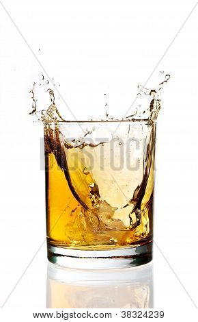 Whisky ice splash