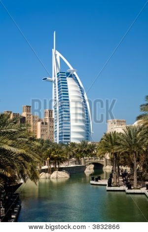 Different Architecture Of Dubai