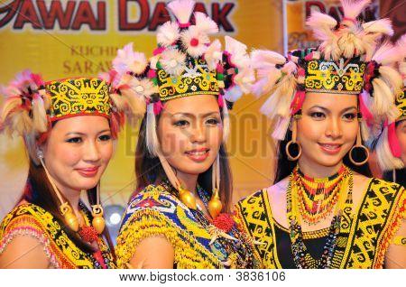 Native Beauties